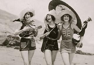 Foto: Costumul de baie anii 20