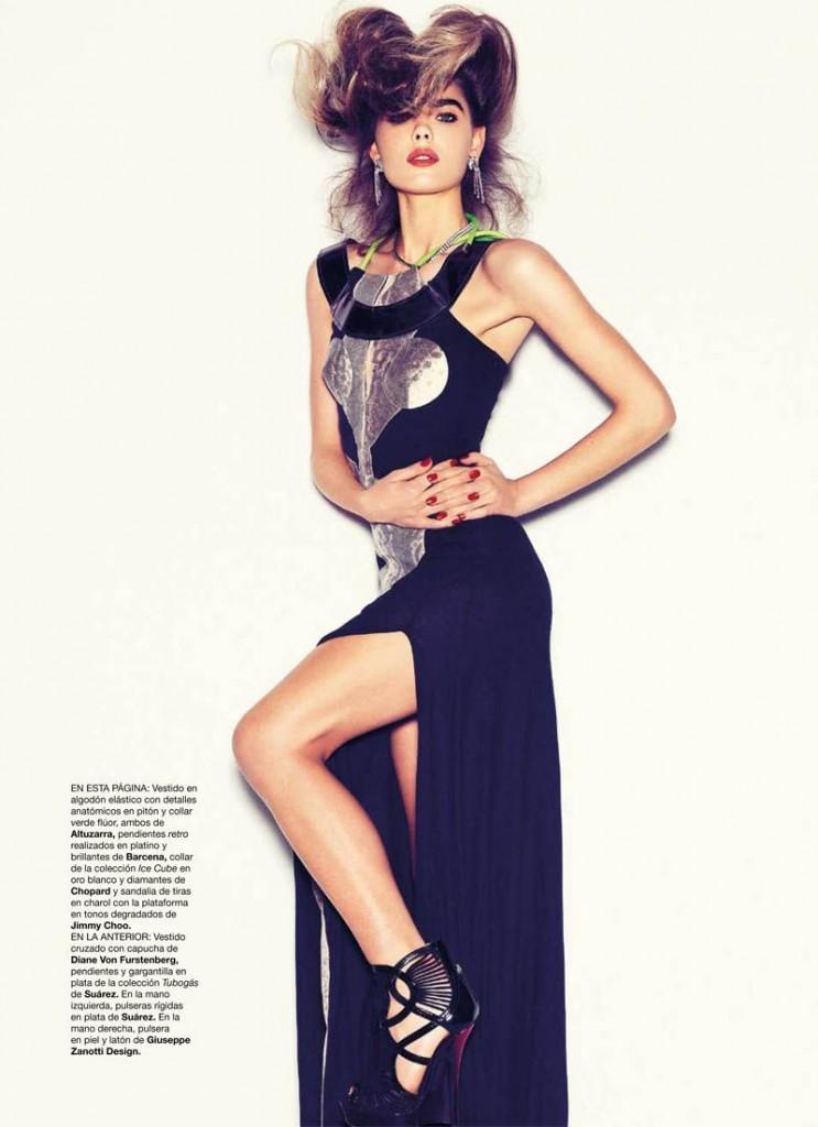POZA 15 Harpers-Bazaar-España-May-2011-12-743x1024