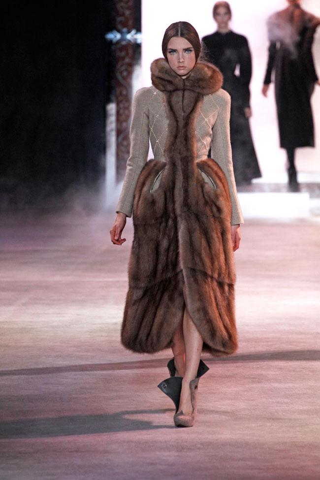 ulyana-sergeenko-fall-couture-24