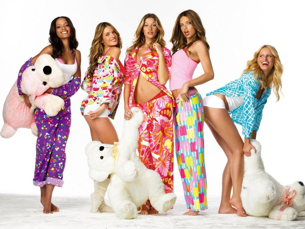 vs_pijama-party-2007