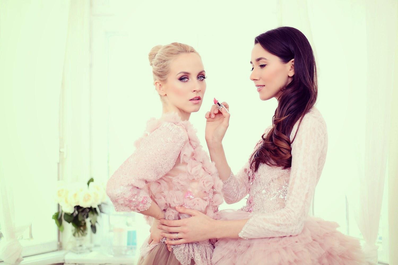 fabulous muses_diana enciu_alina tanasa_pink dress_ballerina (1)