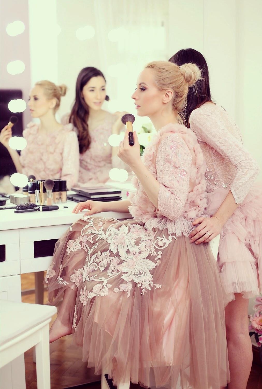 fabulous muses_diana enciu_alina tanasa_pink dress_ballerina (12)