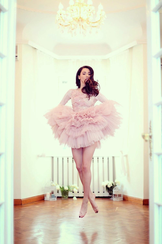 fabulous muses_diana enciu_alina tanasa_pink dress_ballerina (6)