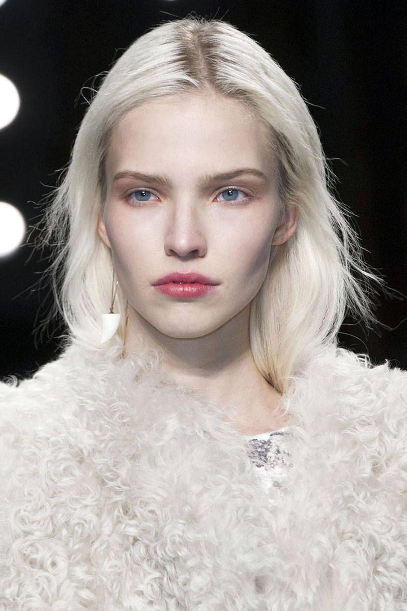 hbz-makeup-trends-fw2014-flawless-skin-01-Marant-clp-RF14-9200-lg