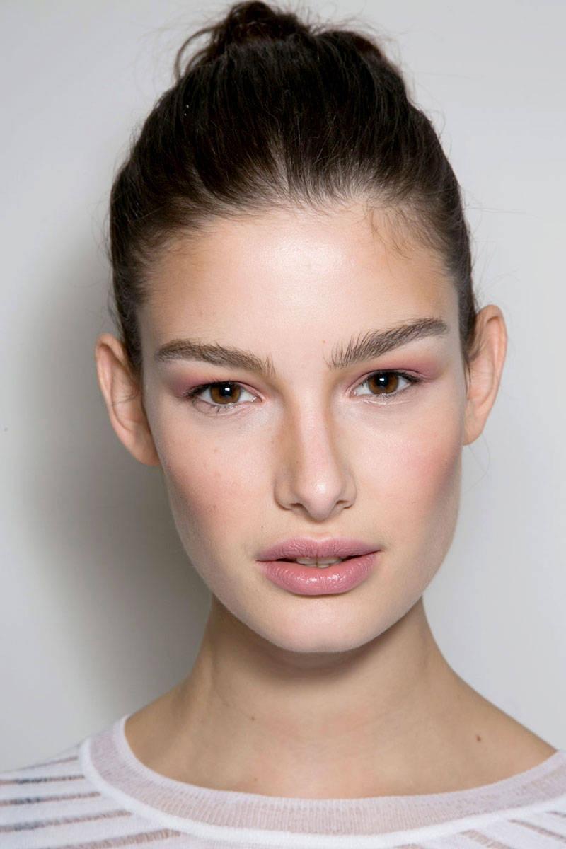 hbz-makeup-trends-fw2014-fresh-faces-02-Von-Furstenberg-bks-A-RF14-0146-lg