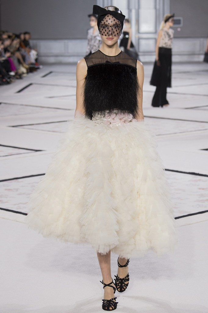 giambattista-vali-couture-spring2015-runway-071