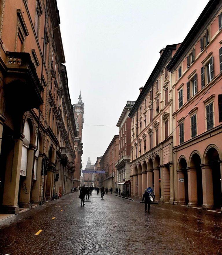 Bologna-768x885